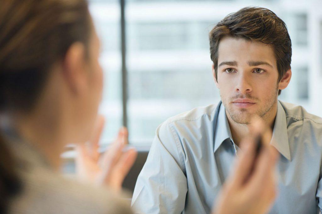 10 consejos para potenciar la escucha en la venta
